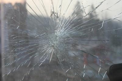 broken-glass-269716_1920